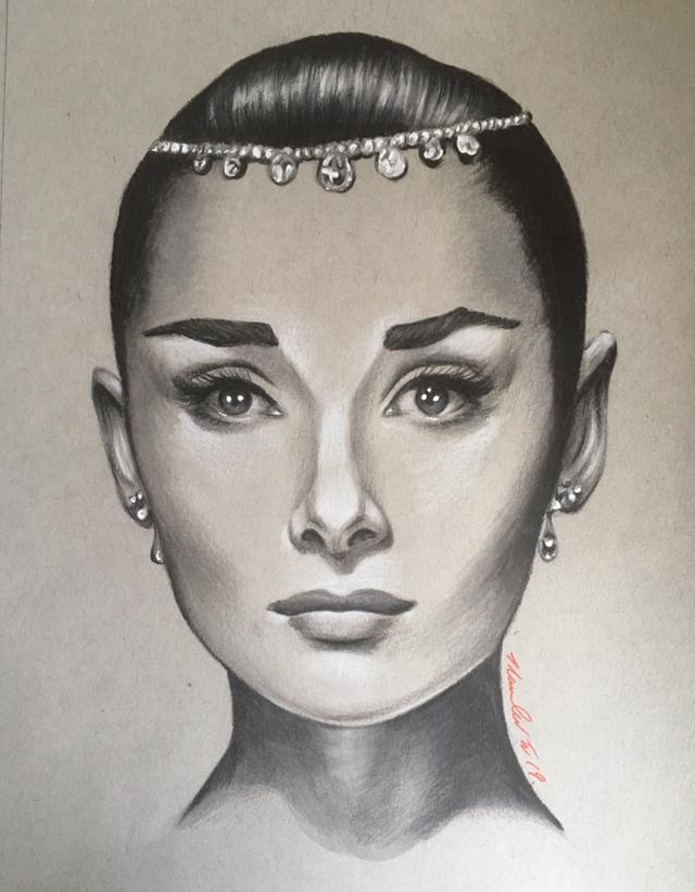 Audrey Hepburn por TraceyLawler